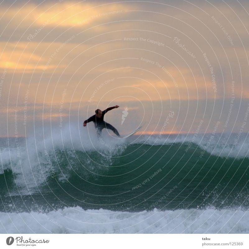 SUNRISE SURF springen Coolness Surfen Surfer Wassersport Neuseeland Surfbrett Südinsel