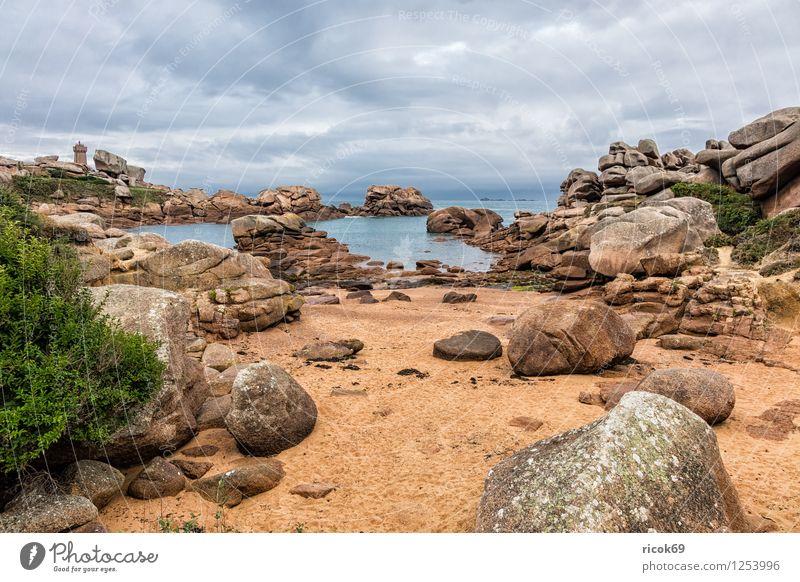 Atlantikküste in der Bretagne Natur Ferien & Urlaub & Reisen Erholung Landschaft Wolken Küste Stein Felsen Tourismus Sehenswürdigkeit Frankreich Granit