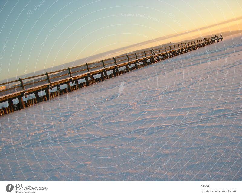 Steg im Schnee Winter Schnee Brücke Steg