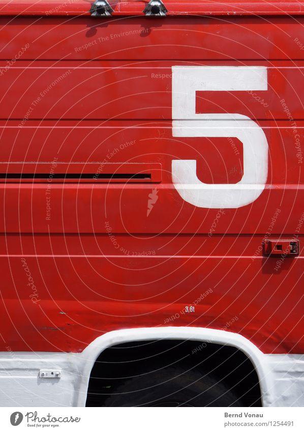 3,5t Verkehrsmittel Autofahren Lastwagen Wohnmobil Ziffern & Zahlen rot schwarz weiß gemalt Feuerwehr Kotflügel Blech spachteln Linie retro Schraube Schiebetür