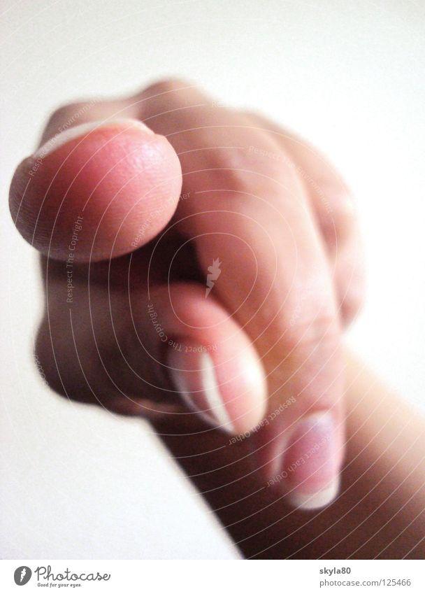 Schuldgefühl Hand Finger Zeigefinger Daumen Mittelfinger Ringfinger Nagel Fingernagel Fingerabdruck Gelenk gestikulieren Sinn deuten fangen entdecken verraten