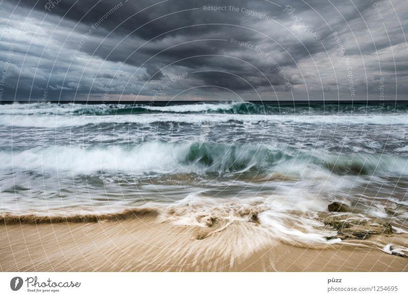 Sturm Himmel Natur Wasser Meer Landschaft Wolken Strand kalt Umwelt Küste grau Wellen Wind Insel Klima nass