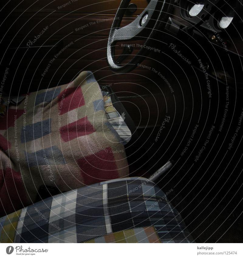 erdtrabant Trabbi Parkplatz Abstellplatz Oldtimer Wiedervereinigung Bündnis Autotür Osten Bürgersteig Luftverschmutzung Motor Benzin Bewegung fahren Griff Raum