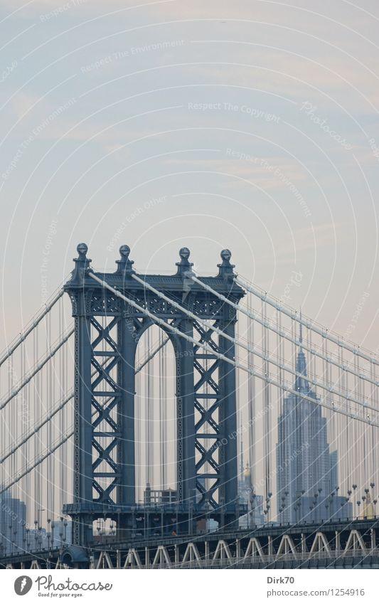 New York Skylines, Fortsetzung Ferien & Urlaub & Reisen Sommer Ferne Architektur Gebäude Freiheit Tourismus Verkehr Hochhaus ästhetisch Schönes Wetter Brücke