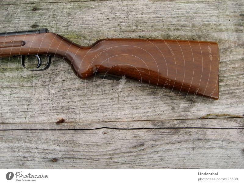 RIFLE II Tisch Holz Gewehr Waffe Griff Angst Panik rifle Ziel