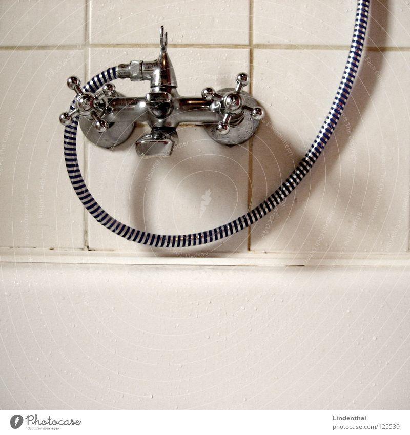 Kalt Duschen Bad Schlauch drehen Physik kalt heiß Dusche (Installation) Badewanne Wärme Wasser Fliesen u. Kacheln duschhahn Wasserhahn