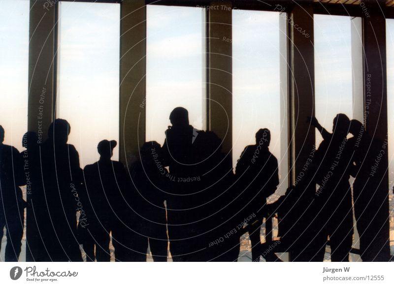 Blechkameraden im WTC New York City World Trade Center Fenster Hochhaus Mensch Tourismus Tourist Sightseeing Silhouette Rückansicht Menschengruppe