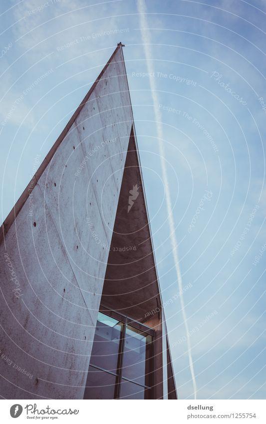 parallels 2. Stadt blau kalt Wand Gebäude Mauer grau Fassade Design Zufriedenheit elegant Ordnung modern Kraft Erfolg ästhetisch