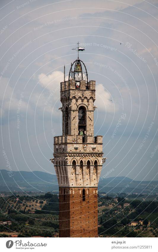 ganz weit oben Himmel Ferien & Urlaub & Reisen Stadt alt Sommer Wolken Ferne Horizont Tourismus hoch Italien Turm Hügel historisch Bauwerk Höhenangst