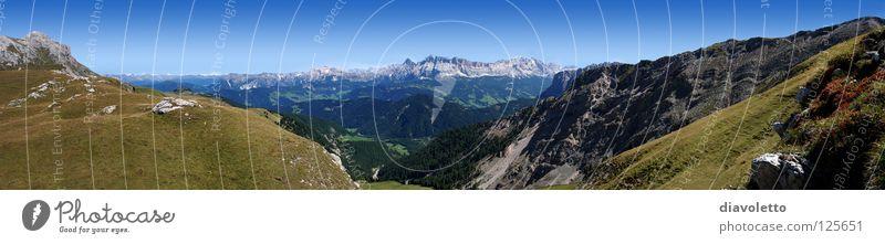Naturpark Puez Geisler - Dolomiten - Südtirol Berge u. Gebirge wandern Italien Alm Bergkette Kloster Geislergruppe Naturpark Puez-Geisler Gadertal