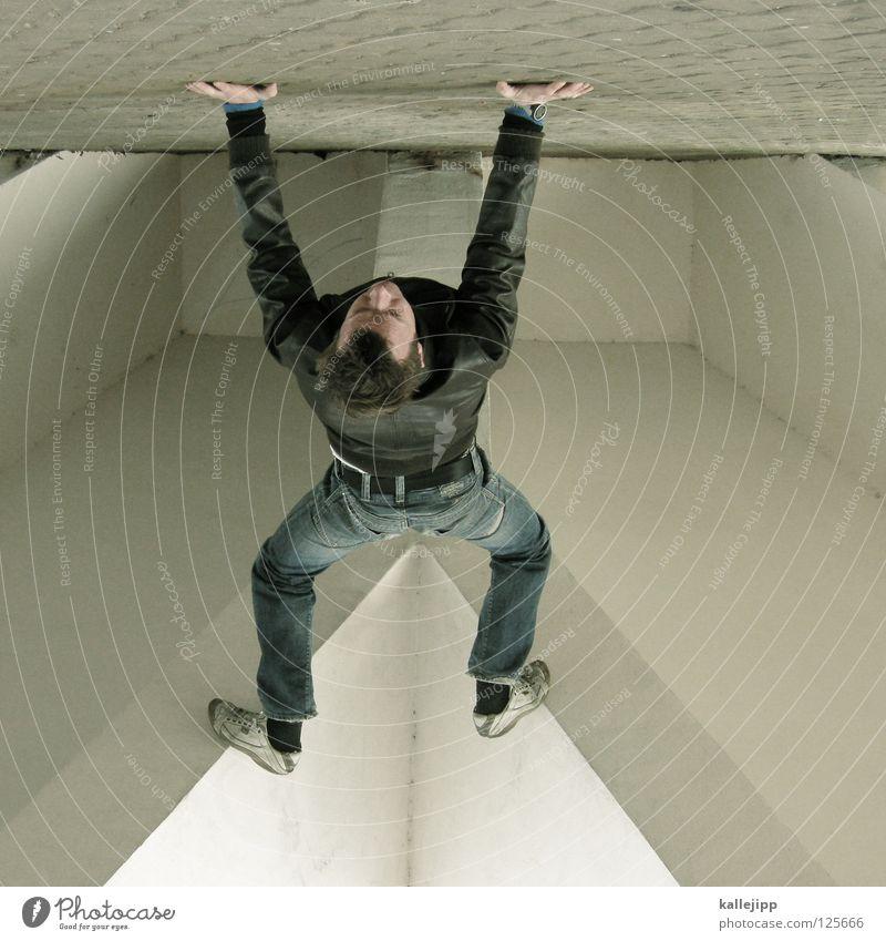 frau koch Buchstaben Mann Silhouette Dieb Krimineller Rampe Laderampe Fußgänger Schacht Tunnel Untergrund Ausbruch Flucht umfallen Fenster Parkhaus Geometrie