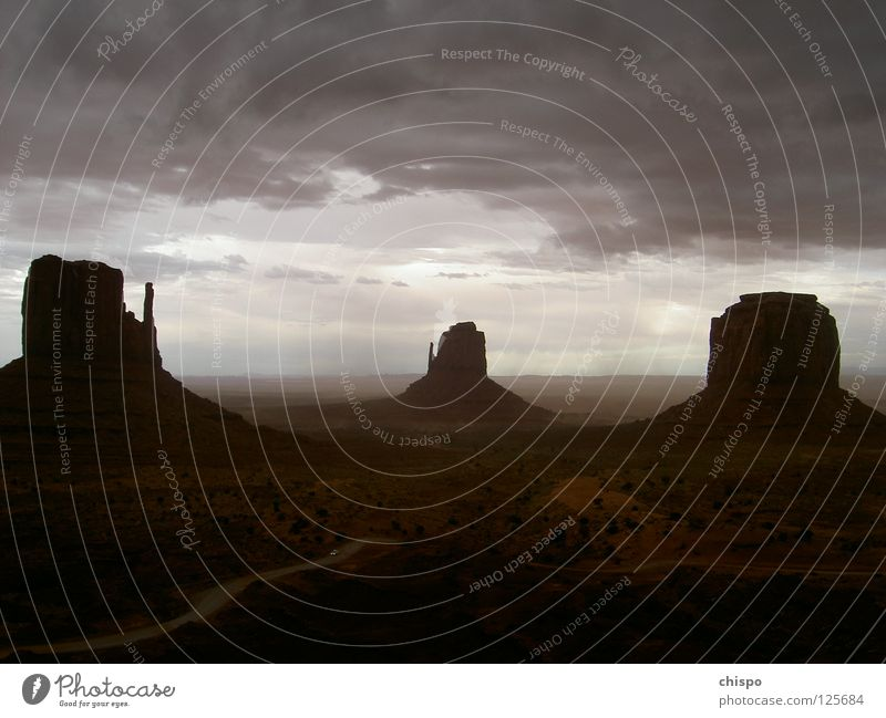 storm escape Einsamkeit Ferne PKW Stimmung USA Sturm Amerika Gewitter Flucht Nationalpark Arizona Donnern Monument Valley