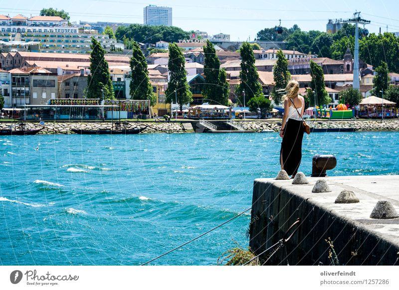 Porto X Mensch Natur Ferien & Urlaub & Reisen Jugendliche Stadt schön Sommer Junge Frau Landschaft 18-30 Jahre Erwachsene Umwelt Wärme feminin Zufriedenheit