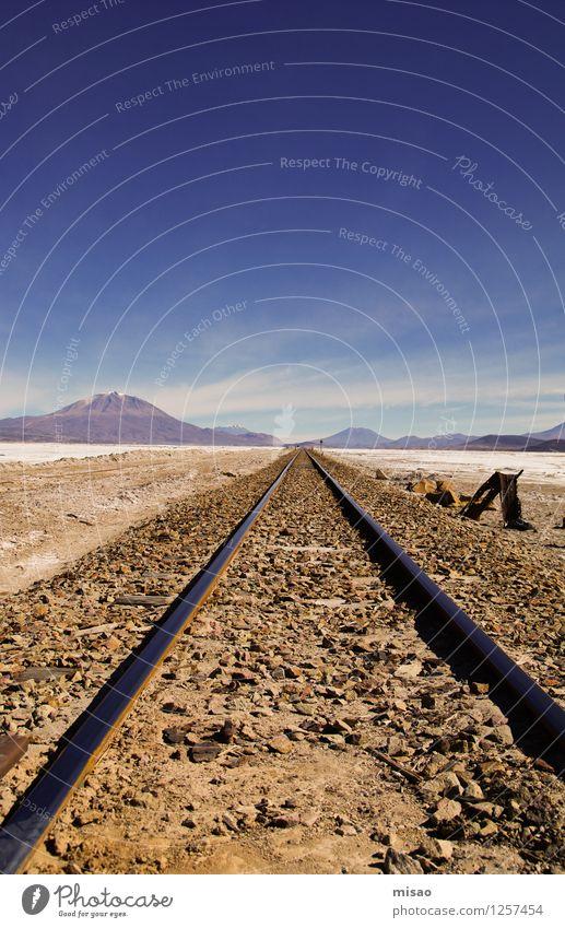 Das Gleis zum Mond Sommer Sonne Sonnenbad Meer Winter Schnee Berge u. Gebirge wandern Kunstwerk Gemälde Landschaft Urelemente Erde Luft Himmel Wolken Wärme