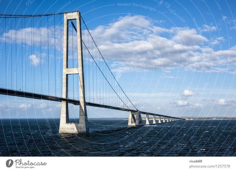 Öresundbrücke Natur Landschaft Wolken Architektur Wege & Pfade Küste Verkehr Brücke Ostsee Mobilität Dänemark Kopenhagen Mautstelle Malmö Oeresund Brücke
