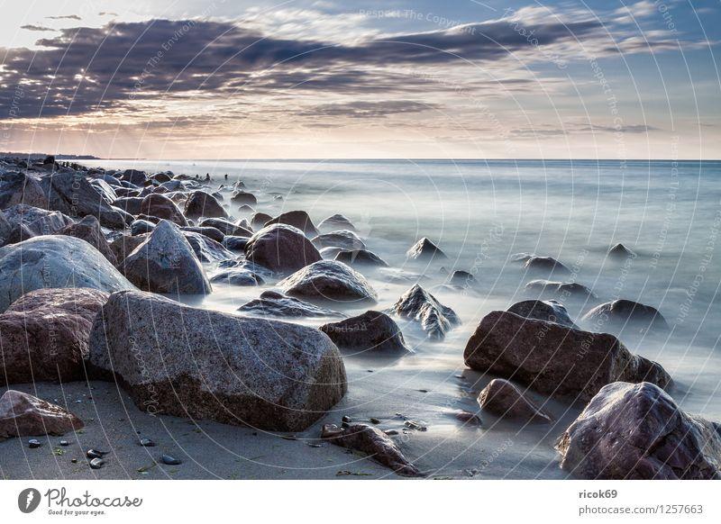 Steine an der Ostseeküste Natur Ferien & Urlaub & Reisen blau Wasser Erholung Meer Landschaft Strand Küste Felsen Mecklenburg-Vorpommern Buhne Steinblock