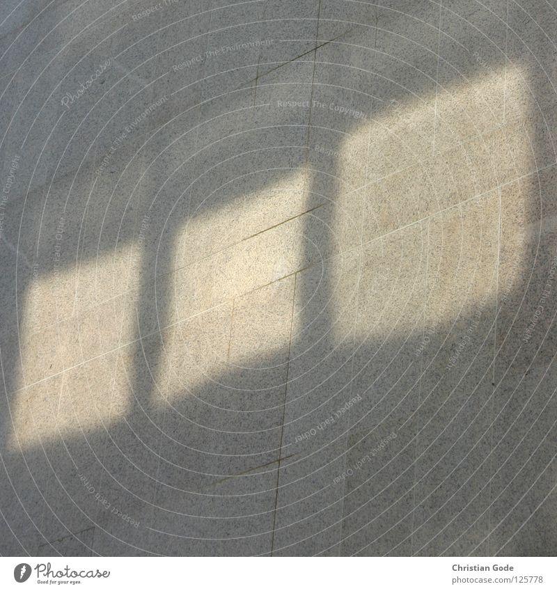 Reflexion Wand Hochhaus Fenster Licht Beton Fassade Strukturen & Formen grau gelb Haus Mauer Reflexion & Spiegelung 3 Plattenbau Architektur Deutschland Sonne