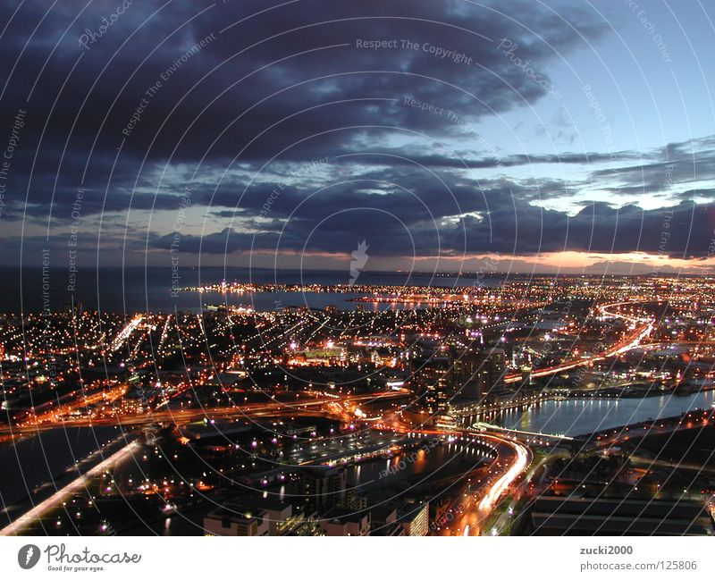 Melbourne at Night Wasser Himmel blau Stadt Wolken Straße Freiheit Australien Nachtleben