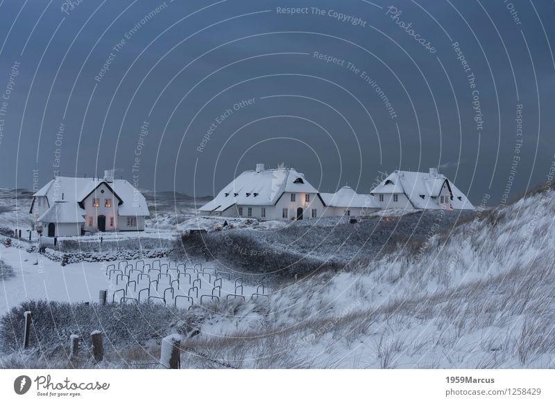 Kliffende Landschaft Himmel Wolken Winter Schnee Küste Nordsee Insel Natur Ferien & Urlaub & Reisen Gedeckte Farben Außenaufnahme Menschenleer Dämmerung