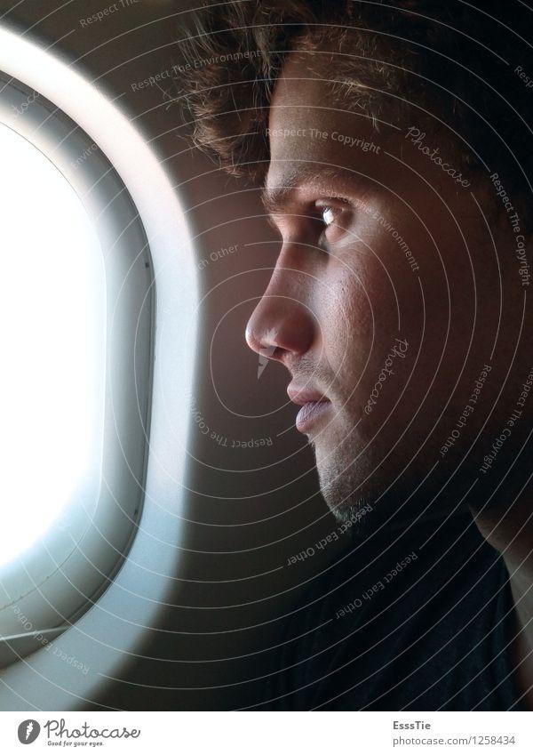 Urlaubssehnsucht Mensch Ferien & Urlaub & Reisen Jugendliche Mann Junger Mann Ferne 18-30 Jahre Erwachsene Traurigkeit Glück Denken Haare & Frisuren Freiheit fliegen Kopf träumen