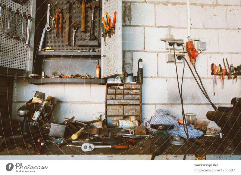 werkbank werkstatt Haus Garten Business Arbeit & Erwerbstätigkeit Freizeit & Hobby dreckig Kraft stehen berühren Baustelle Landwirtschaft Beruf Leidenschaft