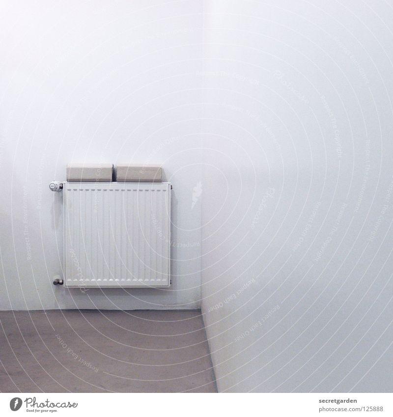 iHeat weiß schön Haus ruhig Erholung kalt Wand Architektur Mauer Stil hell Beleuchtung Innenarchitektur Raum Zufriedenheit Wohnung