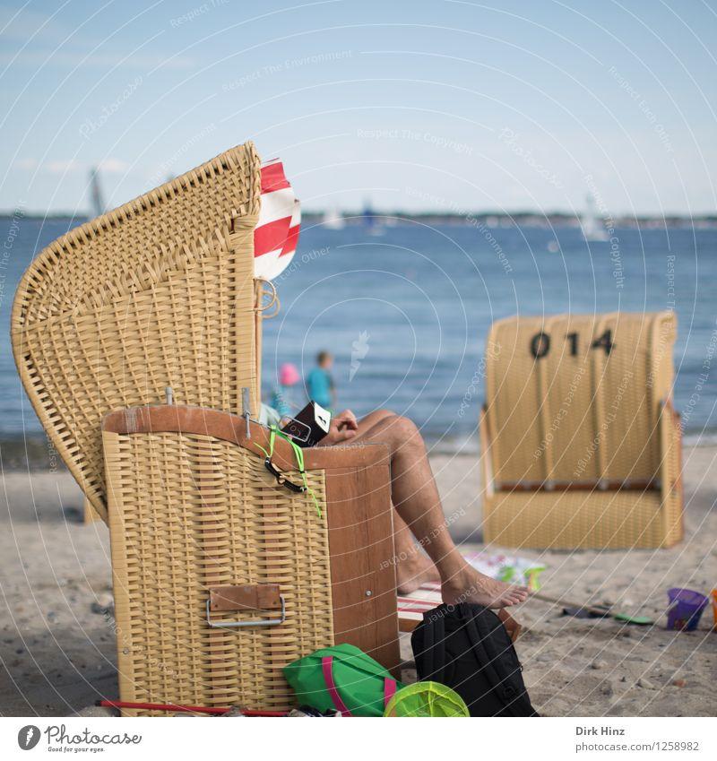 Strandtag III Mensch Beine 1 18-30 Jahre Jugendliche Erwachsene Umwelt Natur Sand Küste Ostsee Meer blau braun Freude Lebensfreude Fernweh Glück Kultur