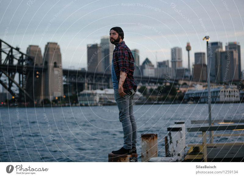 Sydney erkunden Mensch Ferien & Urlaub & Reisen Jugendliche Mann Junger Mann Freude 18-30 Jahre Reisefotografie Erwachsene Glück Freiheit Lifestyle Stadtleben