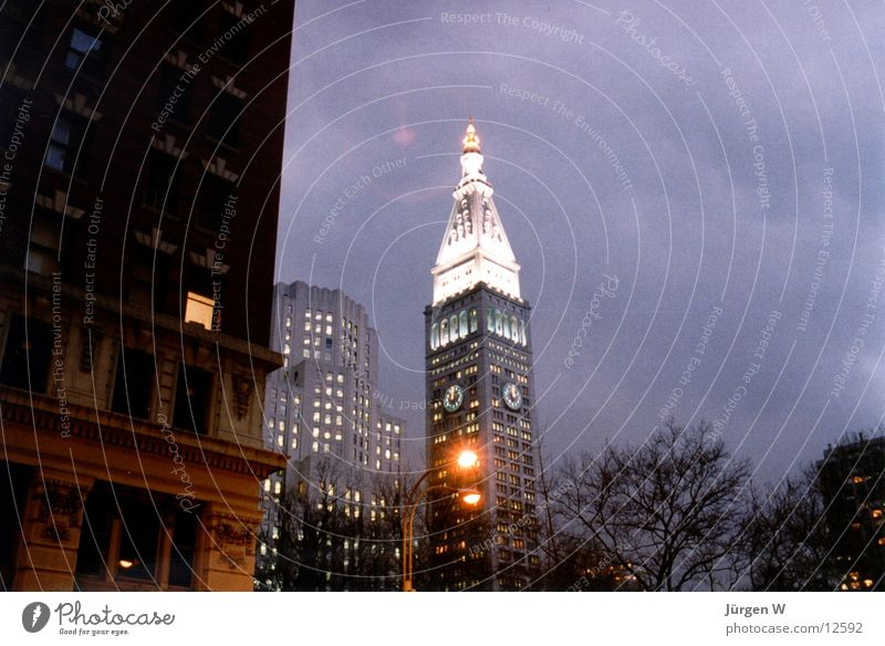 Abend in New York New York City Amerika Dämmerung Hochhaus Himmel Ferien & Urlaub & Reisen metlife america architecture building evening sky dawn