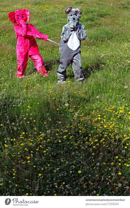 Grabscher I Freude Wiese Spielen grau Kunst rosa ästhetisch festhalten Überraschung Partnerschaft Karneval Jagd Gewalt Aggression gefangen Kunstwerk