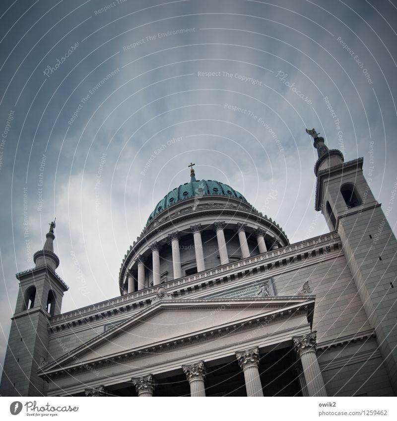 Preußens Glanz Himmel Stadt Wolken Architektur Gebäude Religion & Glaube Deutschland hoch groß Kirche Macht Bauwerk Wahrzeichen Denkmal Abenddämmerung
