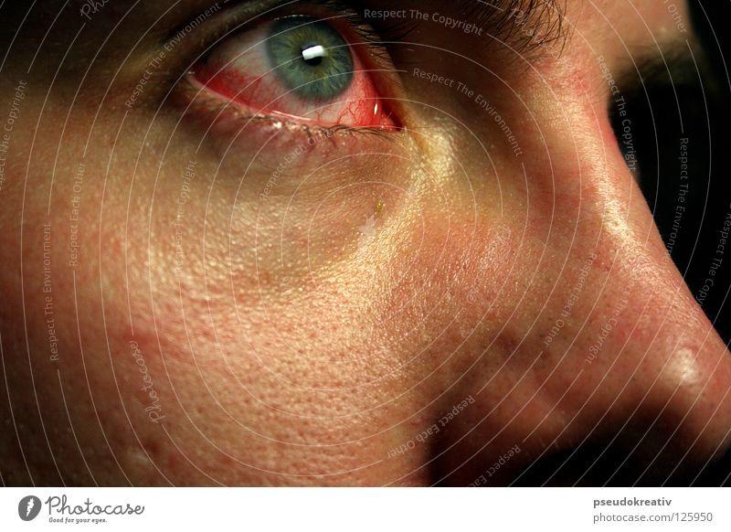Philippe - pinkeye Mensch Mann rot dunkel Erwachsene Gesicht Auge Gesundheitswesen Angst Sauberkeit Krankheit gruselig Schmerz Gefäße Blut Panik