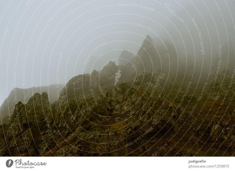 Island Umwelt Natur Landschaft Urelemente Klima Wetter schlechtes Wetter Nebel Felsen Berge u. Gebirge Gipfel außergewöhnlich dunkel eckig gruselig kalt