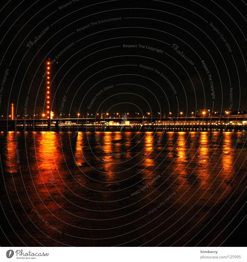 golden gate case Stadt blau Straße Lampe Beleuchtung Hochhaus Lifestyle Brücke modern Turm Spitze Skyline Düsseldorf Belichtung Nachtleben
