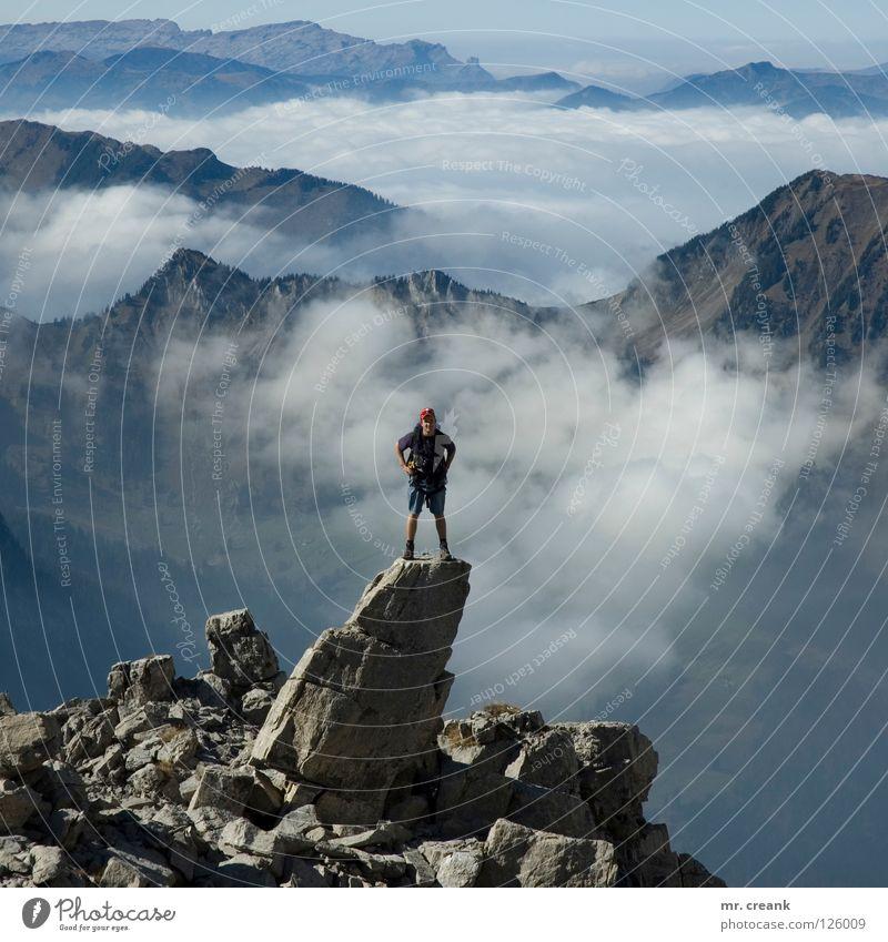 on air! Gipfel besteigen Top Luft Nebel Nebelmeer Schweiz springen Wolken Berge u. Gebirge retten mountain Klettern aplen king krete stieg swiss freitheit free