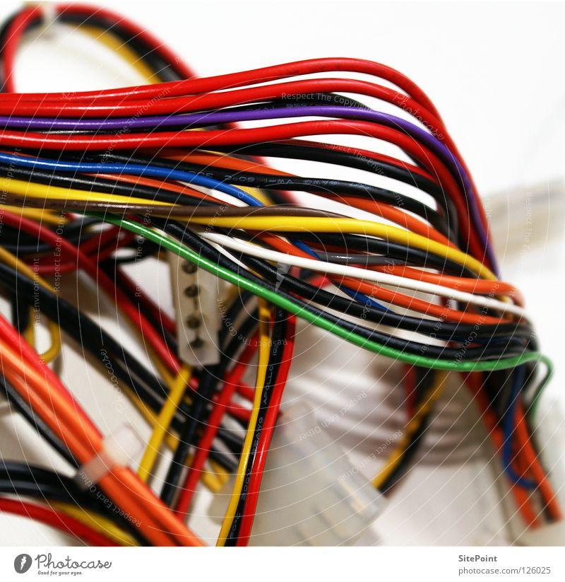 Kabelkram mehrfarbig gelb grün rot weiß durcheinander Schnur Kommunizieren Makroaufnahme Nahaufnahme blau orange Technik & Technologie Netwerk