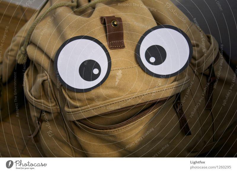 Was guckscht.. Freude gelb lustig Kunst braun Spielzeug Figur Kunstwerk Comic Rucksack spaßig Rucksacktourismus Rucksackurlaub