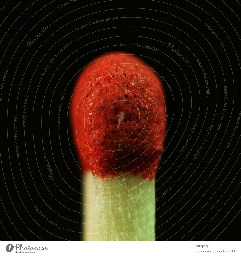Stock Delüx rot schwarz gelb Holz klein braun Brand Feuer groß neu Macht Spitze Dinge Ende nah brennen