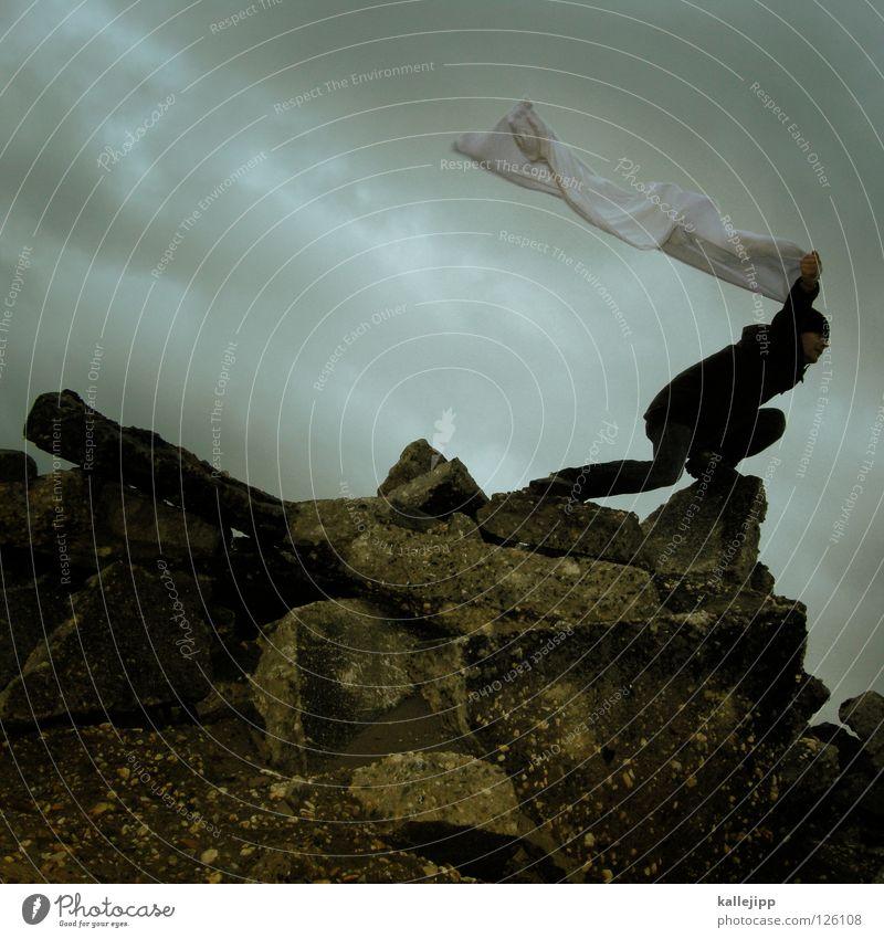 wäschetrockner Mensch Mann weiß Wolken Einsamkeit Landschaft Luft Regen Wetter Wind Klima Schilder & Markierungen Energiewirtschaft nass Beton Beginn
