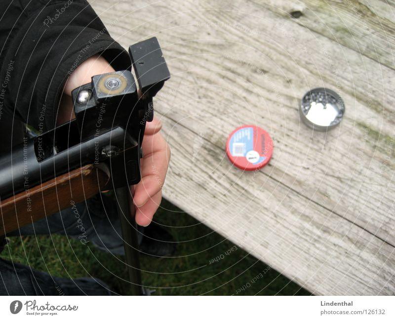 RIFLE IV Tisch Holz Gewehr Waffe Griff Bildart & Bildgenre rifle Ziel Munition Kugel
