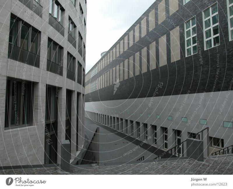 Zwischenraum Fenster Gebäude Architektur Düsseldorf Graf-Adolf-Platz