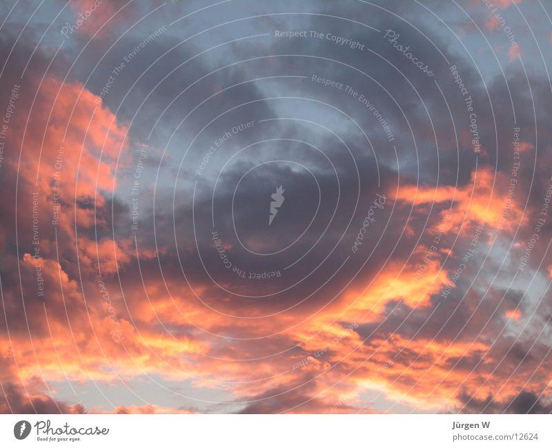 Die Englein backen Brötchen Himmel rot Wolken