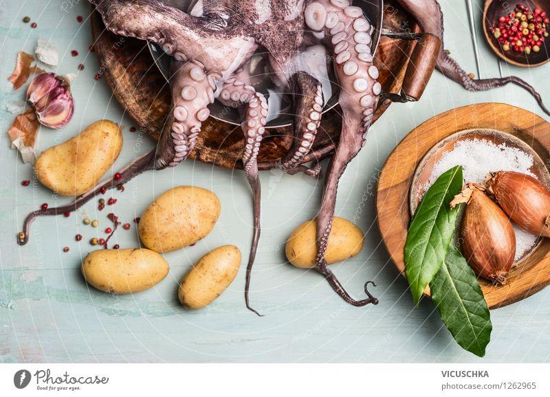 Octopus mit Kartoffeln und Zutaten. Spanische Küche Gesunde Ernährung Leben Stil Lebensmittel Design Tisch Kochen & Garen & Backen Kräuter & Gewürze Gemüse