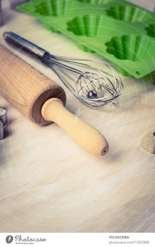 Küchengeräte für Backen Teigwaren Backwaren Dessert Ernährung Geschirr Stil Design Haus Tisch Kochlöffel retro Hintergrundbild Cupcake Gerät Muffin