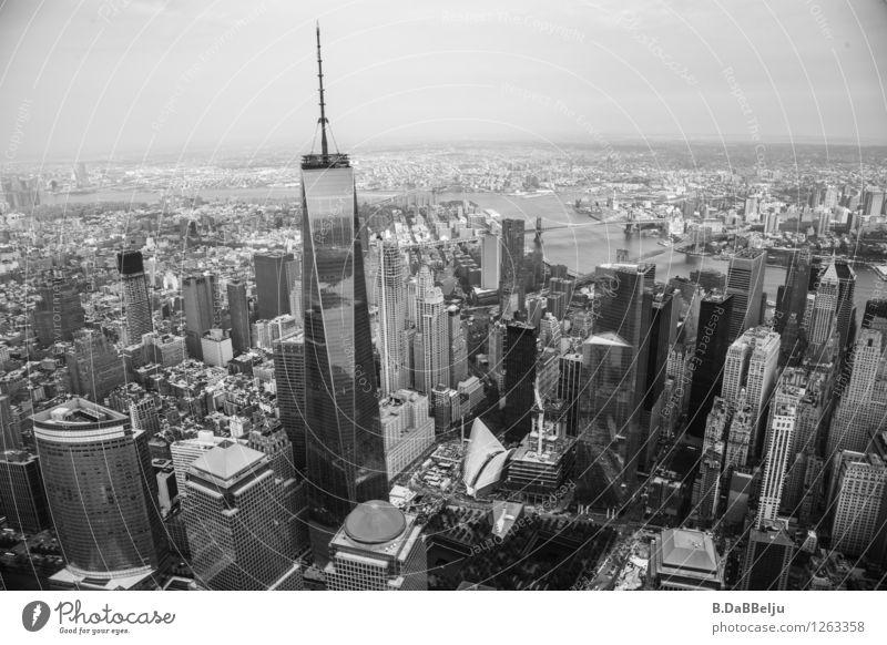 Welcome to New York Ferien & Urlaub & Reisen Stadt Reisefotografie Gebäude Lifestyle Tourismus Hochhaus Ausflug Turm Wandel & Veränderung Bauwerk USA Skyline Bankgebäude Wahrzeichen Denkmal