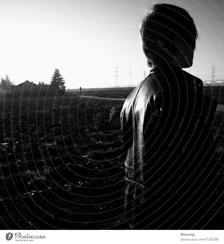 unpassend Mensch weiß Haus schwarz dunkel Haare & Frisuren grau hell Feld Rücken Jacke Leder rückwärts Lack