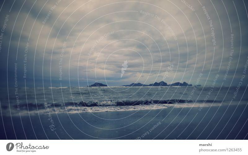 Westmänner-Inseln Umwelt Natur Landschaft Klima Wellen Küste Strand Meer Stimmung blau Island Himmel dunkel Reisefotografie Ferien & Urlaub & Reisen