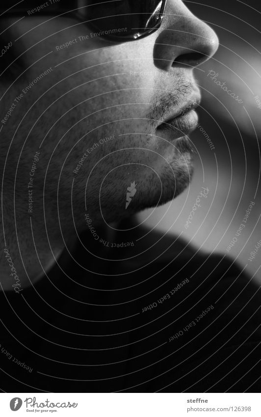 FREIHEIT frei Unbekümmertheit Porträt Selbstportrait Mann Kerl Brille Sonnenbrille weiß unrasiert Licht Backenbart Oberlippenbart ruhig Macho Silhouette Profil
