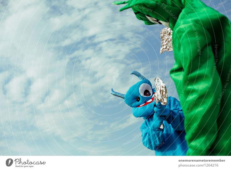 Sagen wir unentschieden? blau grün Freude lustig Spielen Kunst ästhetisch Macht Lebewesen Konflikt & Streit Kunstwerk Blauer Himmel Monster spaßig Pistole