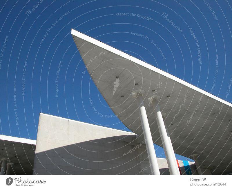 Kunstmuseum, Bonn Himmel blau Gebäude Architektur verrückt Dach Spitze Museum